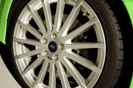 Genuine Ford 8 5 X 19 Alloy Wheel Colour Refinished Focus Rs Mk2