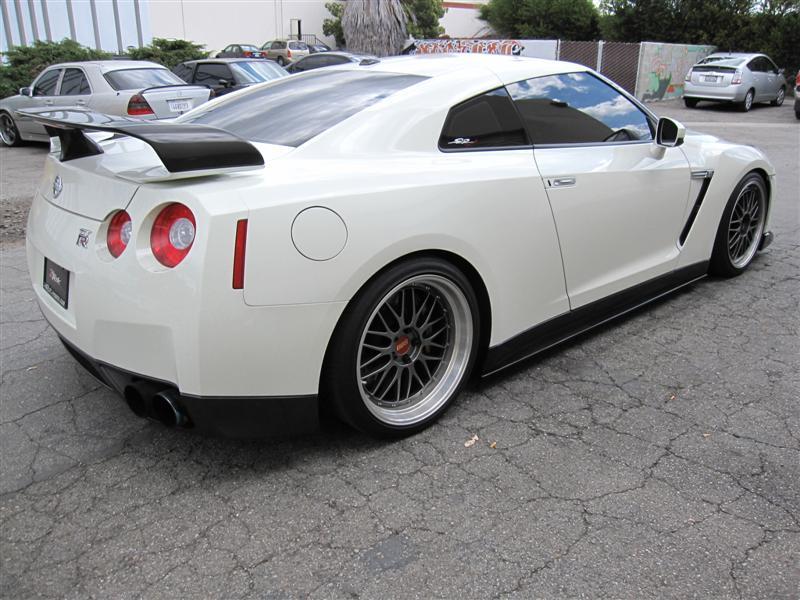 R35 GTR Carbon Rear Spoiler